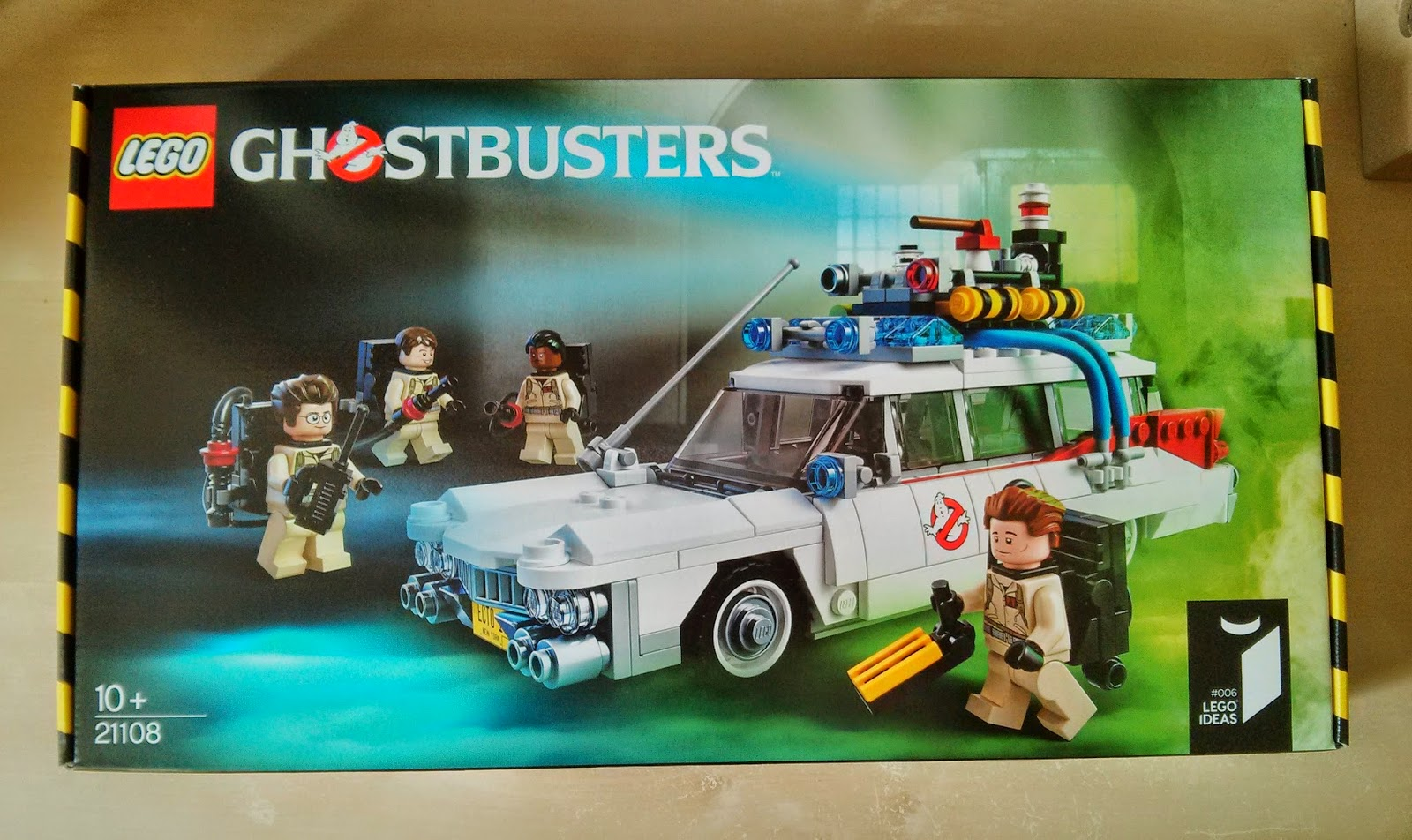 A review of the ECTO-1 set from Lego