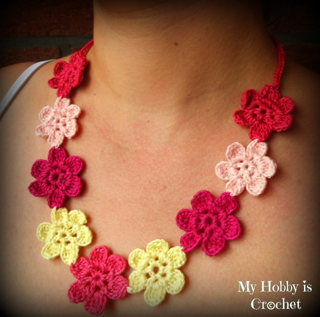 My Hobby Is Crochet: Flower Necklace Hawaiian Dream - Free ...