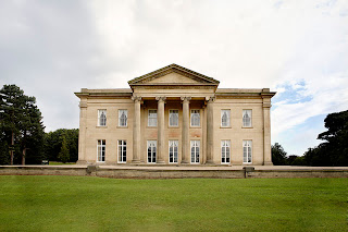 Image of a mansion.