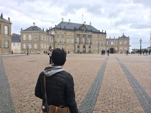 wisata, traveling, copenhagen, denmark, Amalienborg palace