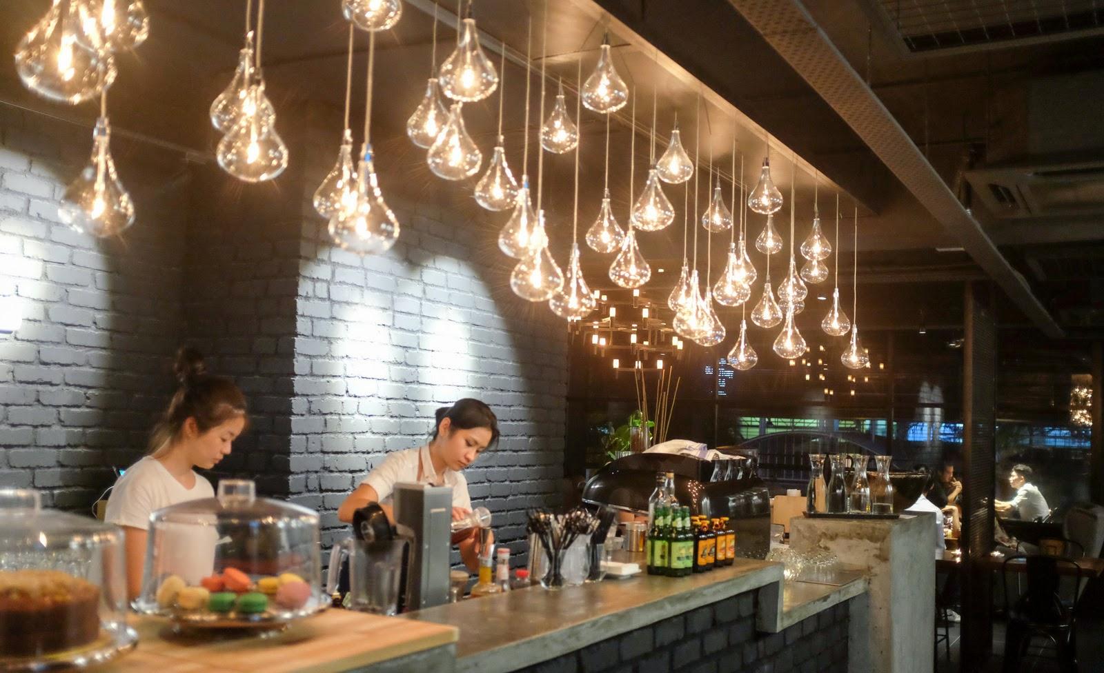 Eat drink kl olfactory bulb kota damansara for Food bar kota damansara