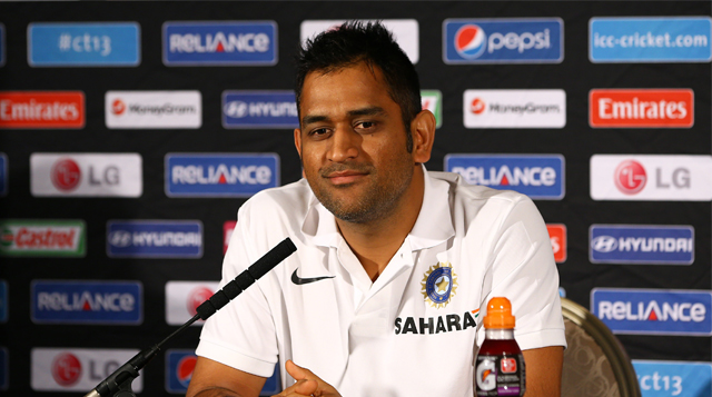 MS-Dhoni-ICC-champion-trophy-2013