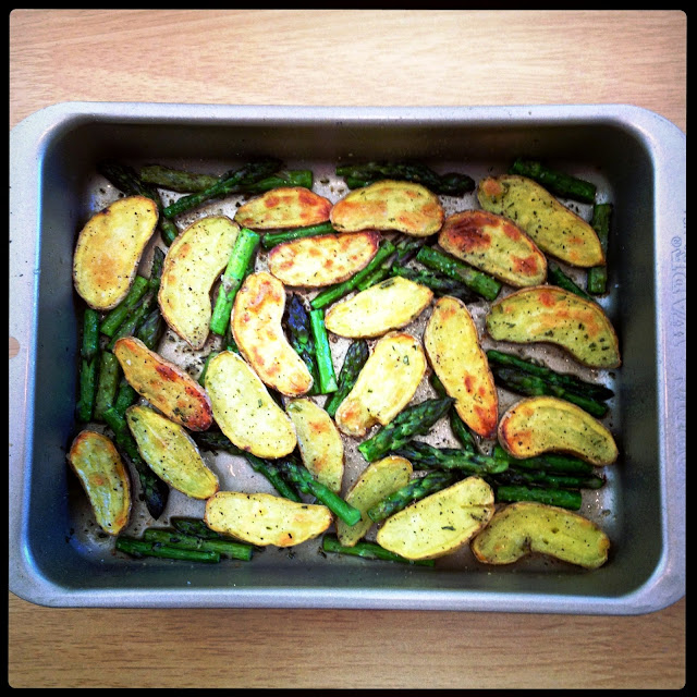 ... Epicure: Roasted Fingerling Potatoes and Asparagus with Rosemary