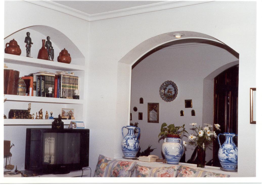Construcciones mijofran s l chalet en urbanizaci n privada for Arcos de madera para puertas