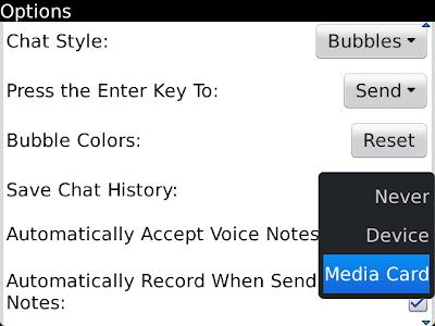 En esta guía podremos aprender como leer un PIN sin que salga la R. Aquí les dejo una guía practica de como ver un PIN sin que la persona que lo envía sepa que ya lo leíste (Sin que le cambie de la letra D de Recibido a R de Leído).Pasos de como leer un PIN sin que salga la R:1.- Comenzaremos activando la opción de guardar el historial de conversación del BlackBerry Messenger. Para ello nos paramos en la lista de contactos y luego le damos al botón de menú, cuando se despliegue la lista de opción nos vamos