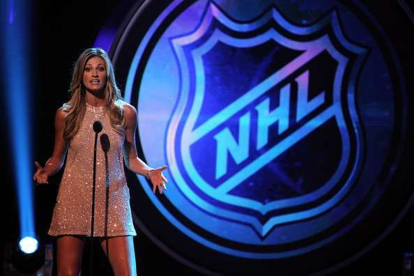 Erin Andrews  quot Hottest Legs quot  on NHL Awards 2012Erin Andrews Nhl Awards
