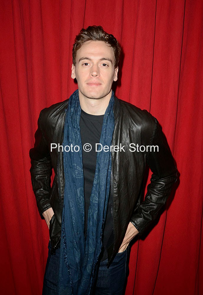 Erich Bergen Wallpapers