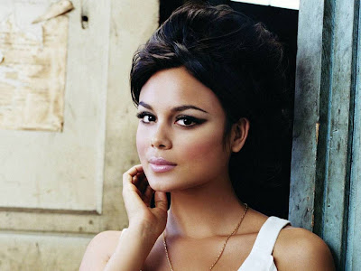 Gorgeous Nathalie Kelley Normal Resolution HD Wallpaper 10