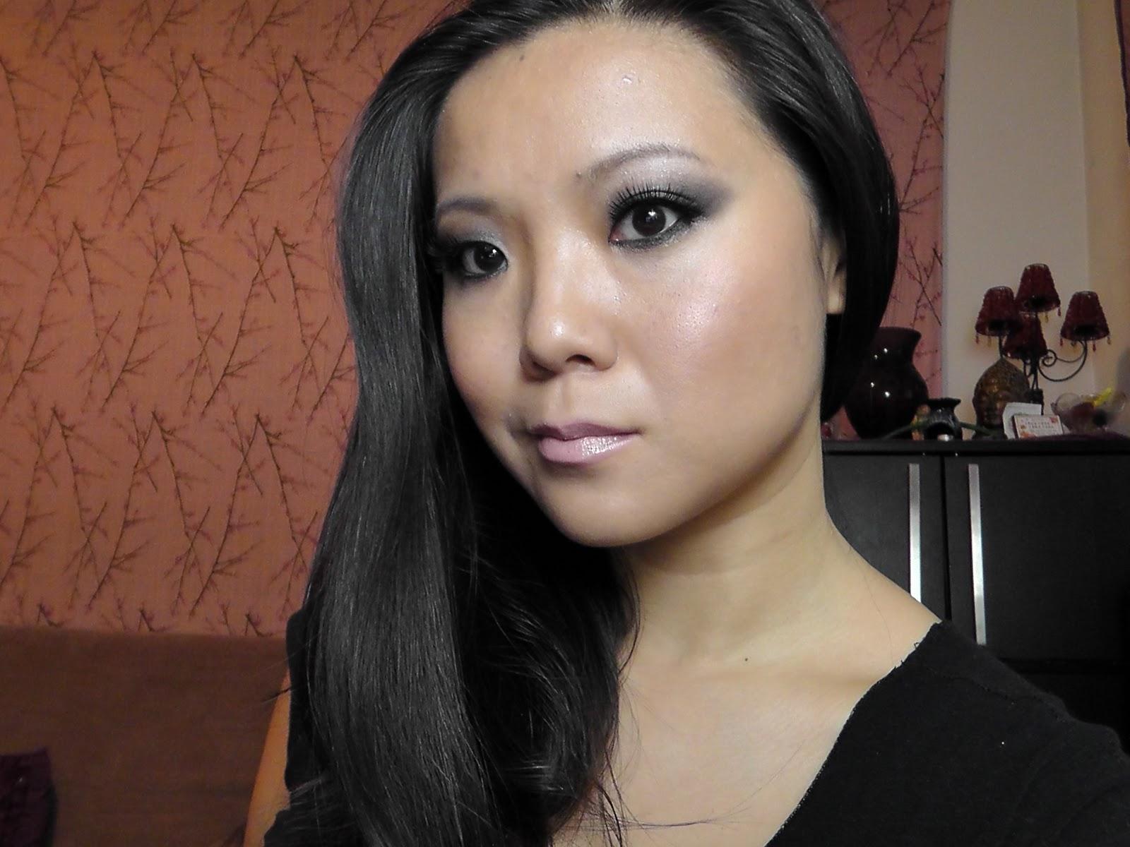 http://2.bp.blogspot.com/-bKz81bnltbM/Tnwa0wBbLII/AAAAAAAAB-k/YrObQHVGk-w/s1600/Kim1.JPG