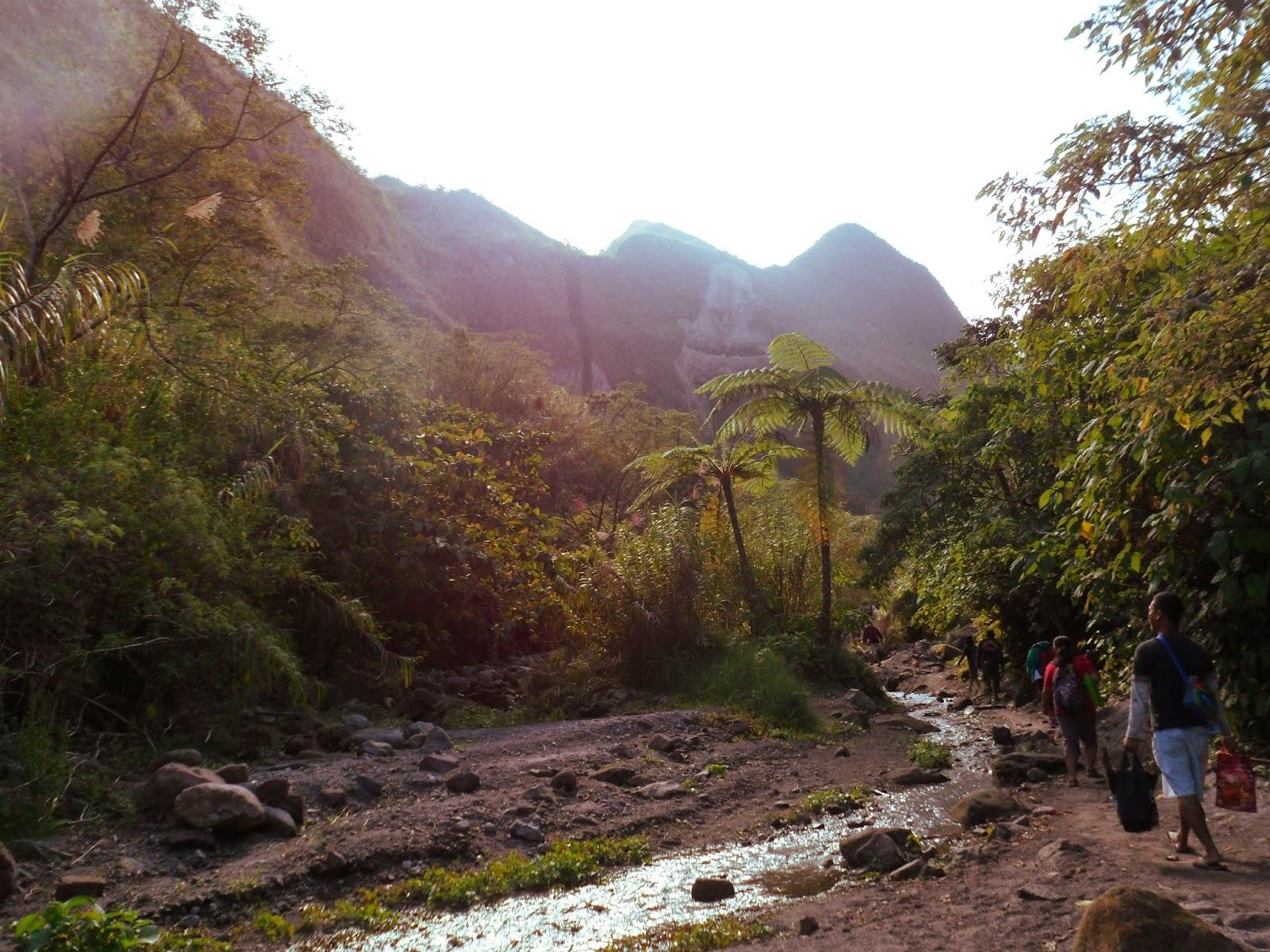 trekking Mount Pinatubo
