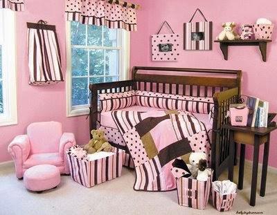 Dormitorio de bebes recamara bebes color marr n y rosado for Recamaras para bebes