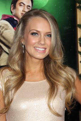 Melissa Ordway Long Side Part Hairstyle