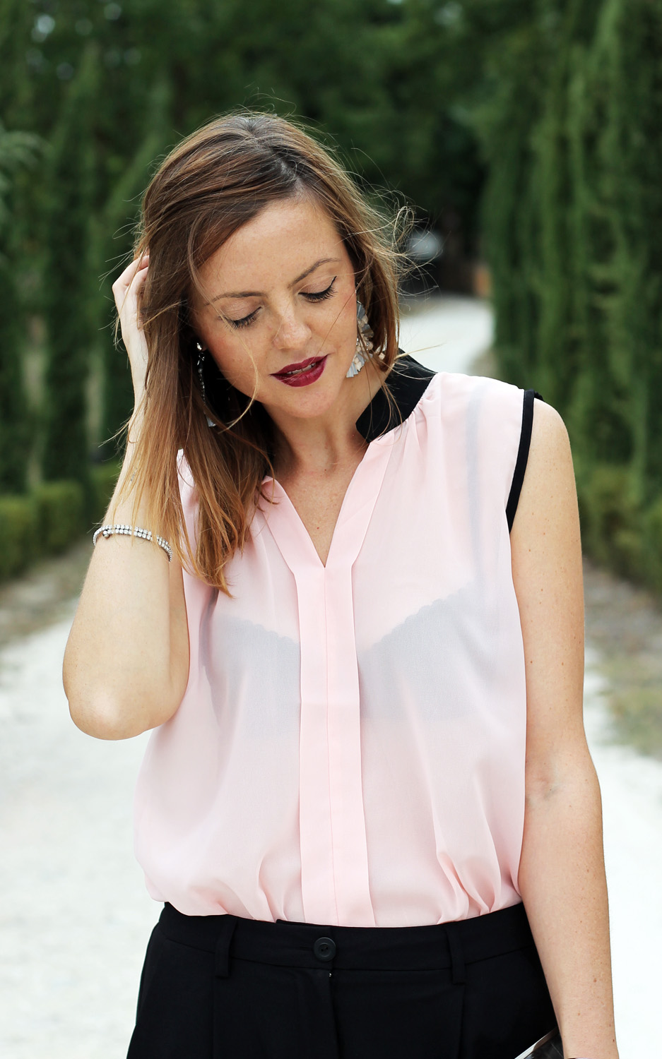 pink-black-blouse-like-bee-atlantic-pacific