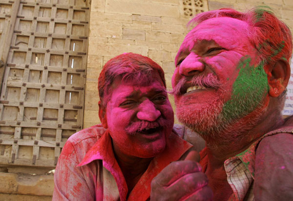 The Festival of Colours - Holi Seen On www.coolpicturegallery.us