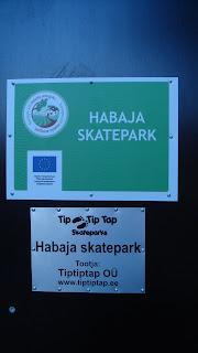 Täna said paigaldatud 28 kruviga 3 silti Habaja Skateparki, mis ...