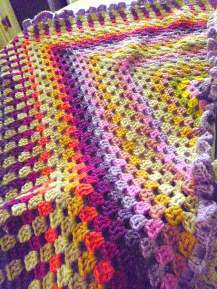 Crochet granny shawl free pattern