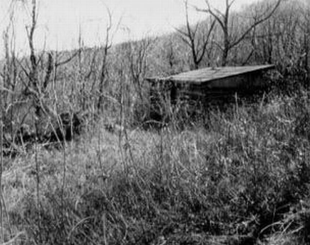 Frazier cabin seen along the Frazier Trail  http://jollettetc.blogspot.com