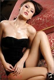 Inilah Foto-foto Hot Jennifer Dunn
