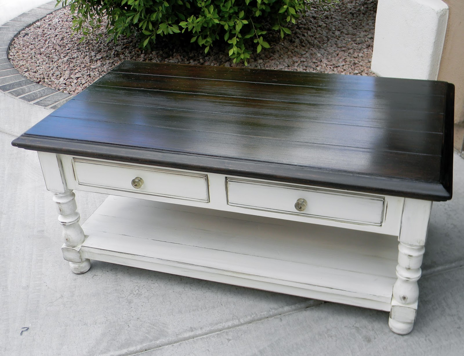 Little bit of paint refinished coffee table for Refinishing a coffee table ideas