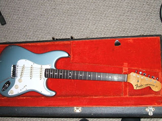 Fender American Shortboard Mustang Limited Edition besides Fg 621 Wireless Electric Guitar likewise Hot Or Not Berumen Coppertop 1 further Similar also Fender lead 2 pickguard fl 3210bu. on strat bridge pickup tone control 1