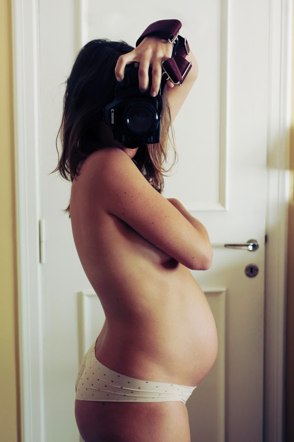 stages of pregnancy in photographs
