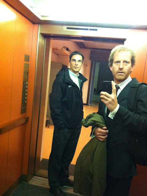 Александър Дунчев, WWF и адв. Свилен Овчаров в асансьора на сградата на ООН в Женева