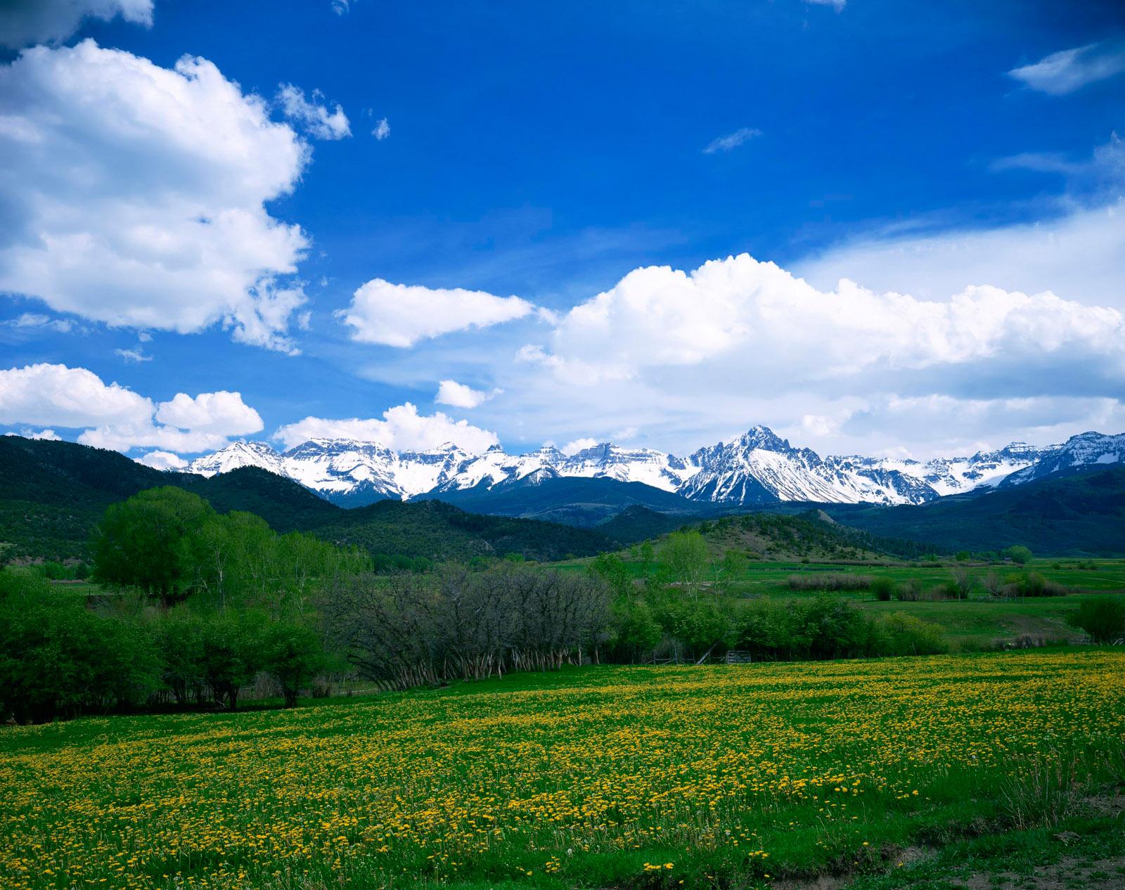 Güzel doğa dağ manzaraları