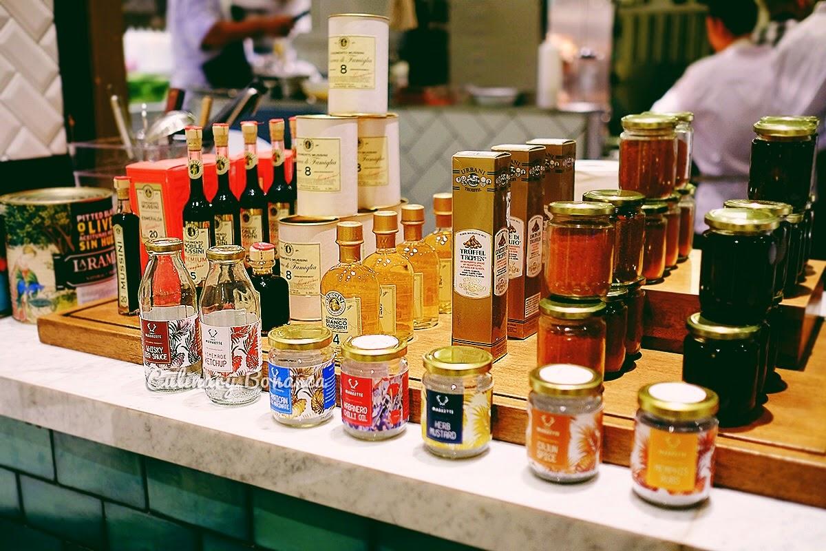 Publik Markette Ismaya (source: www.culinarybonanza.com)