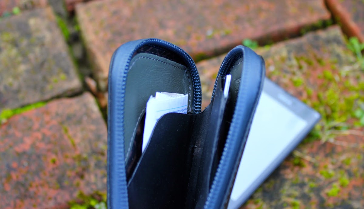 Bellroy-Elements-Phone-Pocket