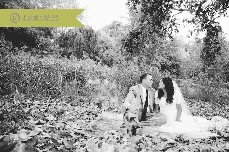 Wedding Blanket Cuddles in Black and White : Photo by Paige and Blake Green