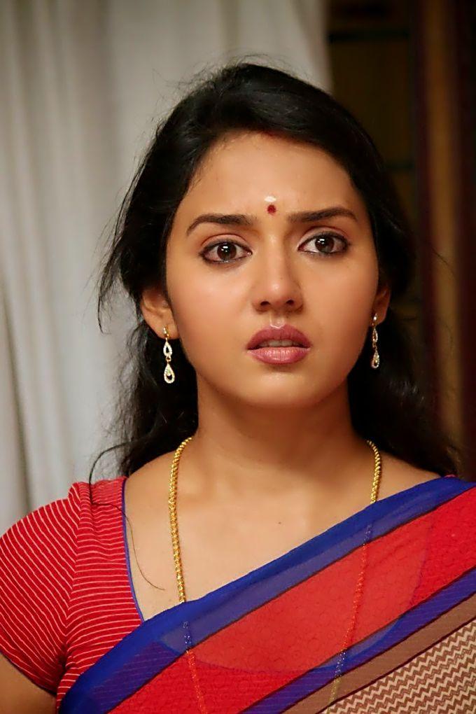 Telugu sexy housewife