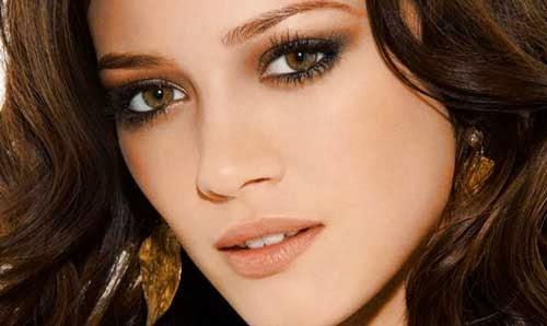 maquillaje en tonos tierra para ojos marrones