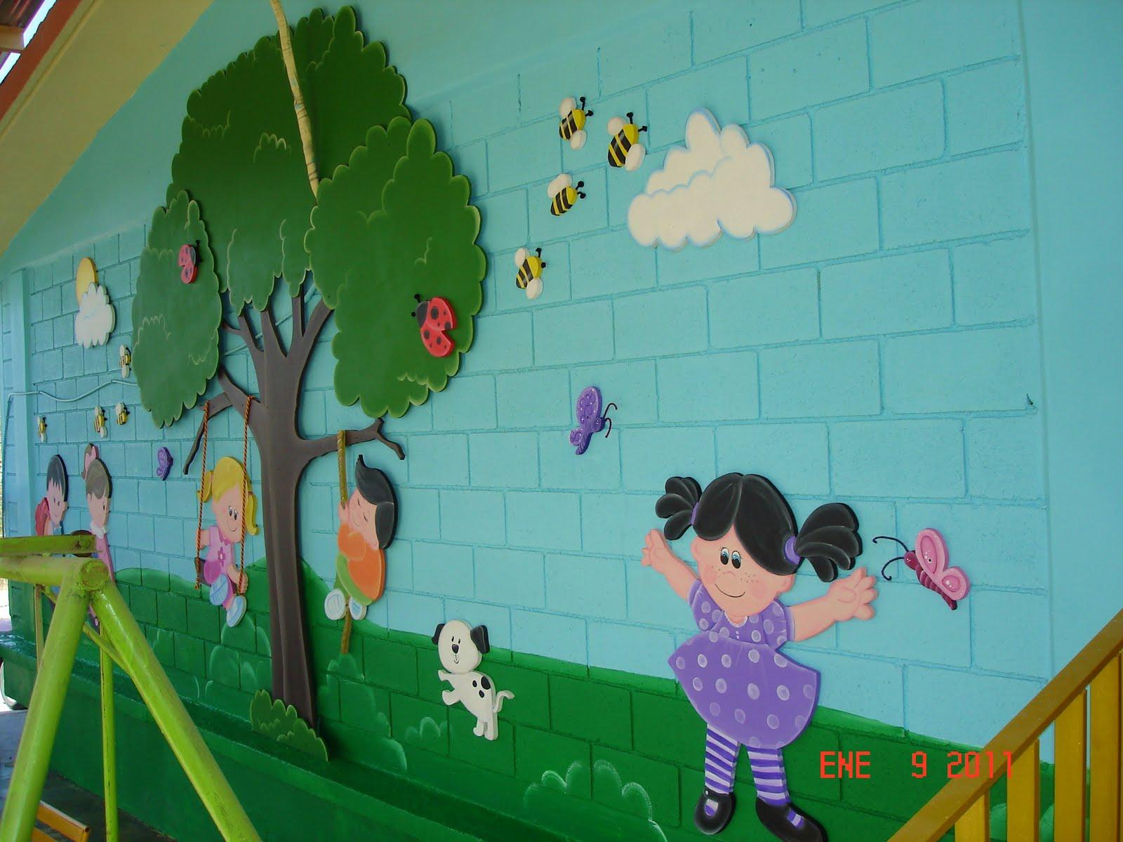 Murales infantiles ni os jugando kinder pedro calderon for Jardines murales