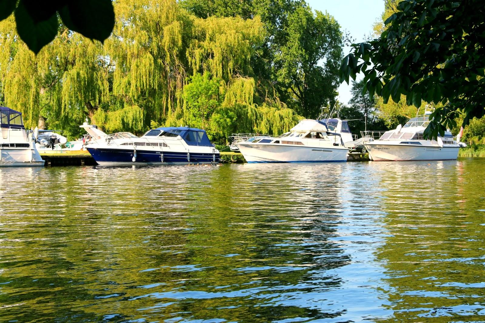 boats, river thames, marlow