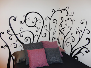 Decopared mural cabecero pintado for Pintar murales en paredes exteriores