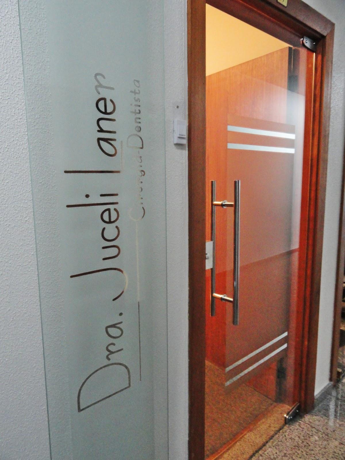 #B37518 Decora Artes e Criações em Vidros: Placa com Letreiro Espelhado em  3312 Janelas De Pvc Caxias Do Sul Rs