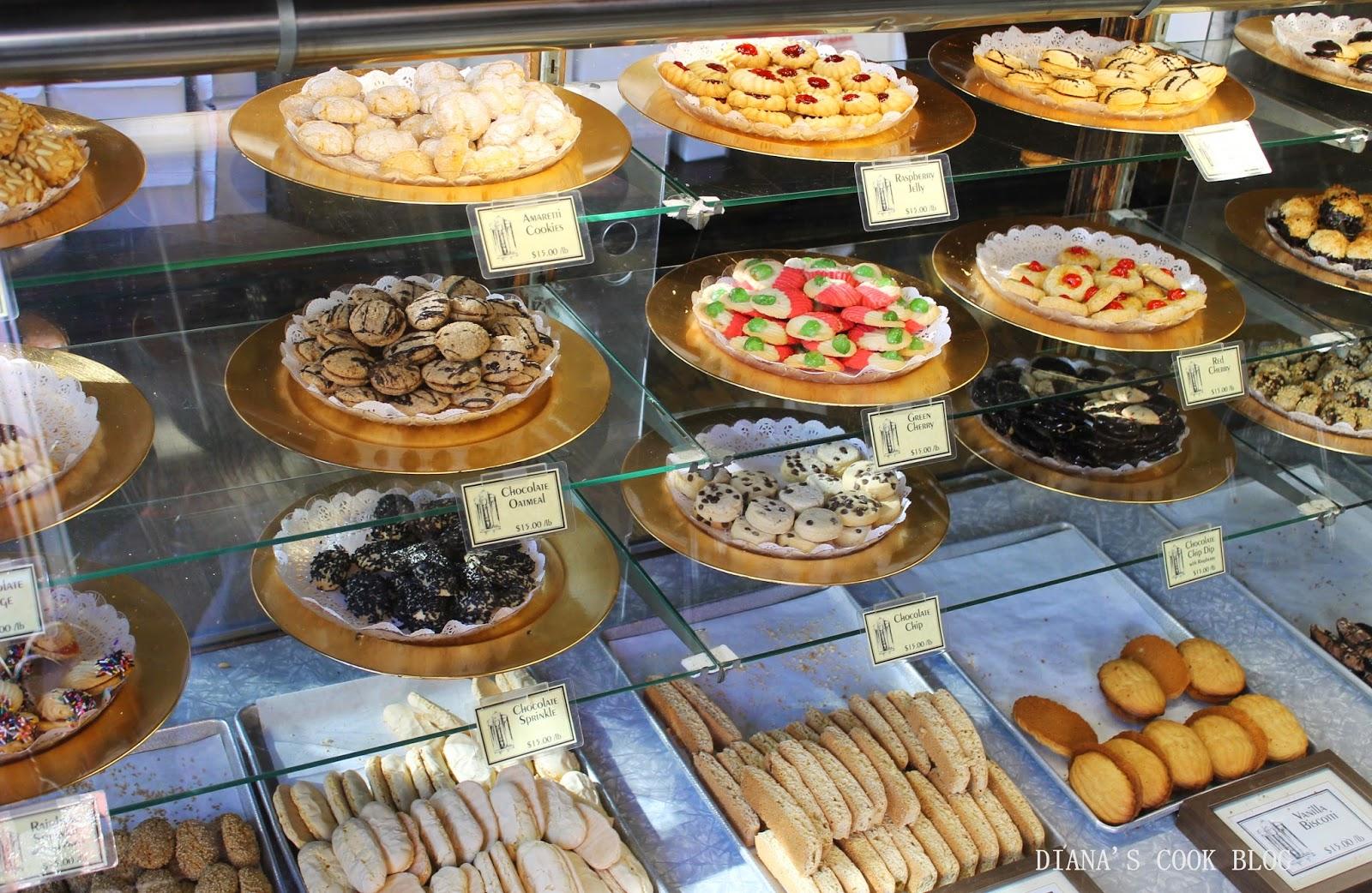 Vous y trouverez également des glaces italiennes, mais aussi certains des  exemples les plus typiques des pâtisseries new,yorkaises, comme le  cheesecake ou