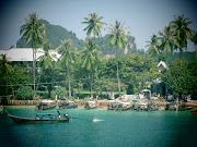 Phi Phi Island (image)