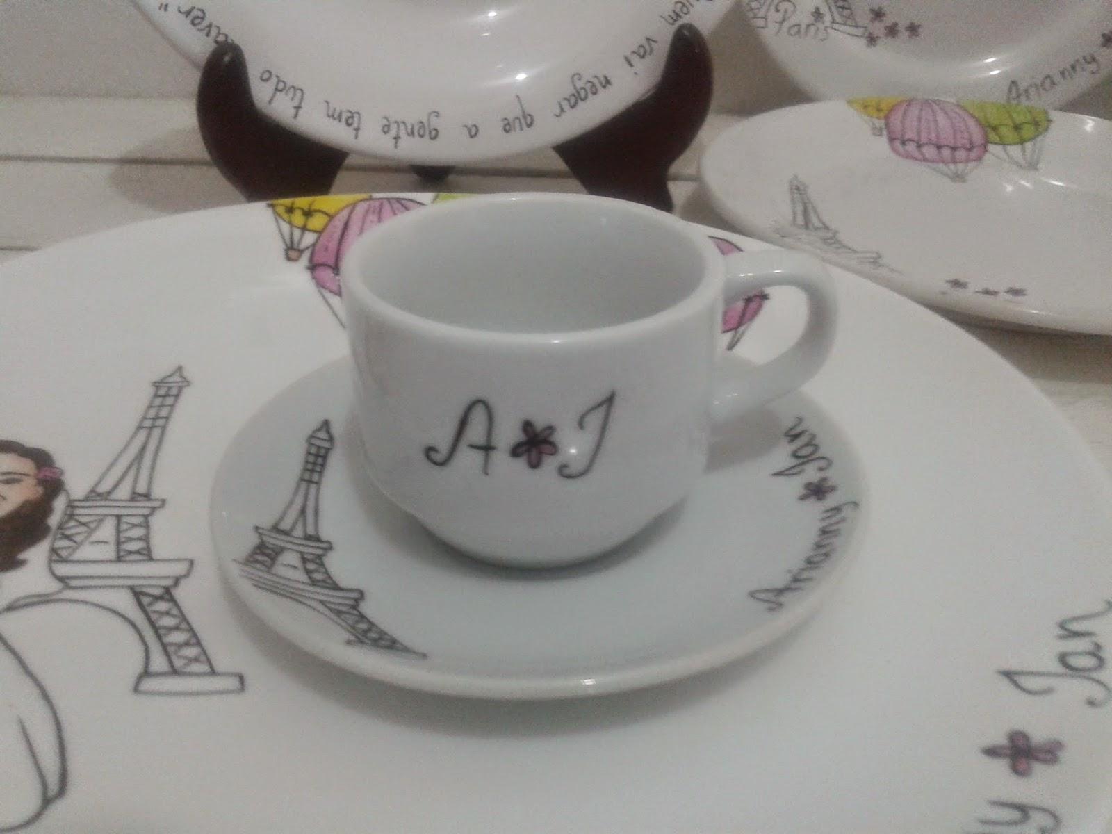 Alyne Favoretti: Aparelho de jantar Amor em Paris com caricatura #6D644C 1600x1200