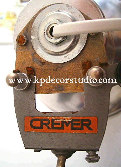 foco antiguo de fotografo marca Cremer. focos vintage de fotógrafo y de cine. comprar lamparita vintage