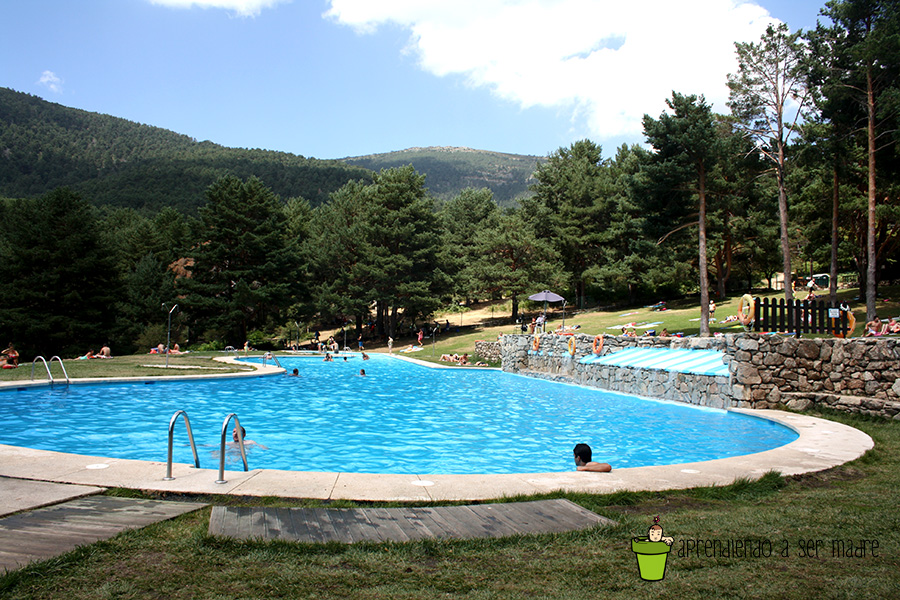 Aprendiendo a ser madre agosto 2015 for Piscina natural cercedilla
