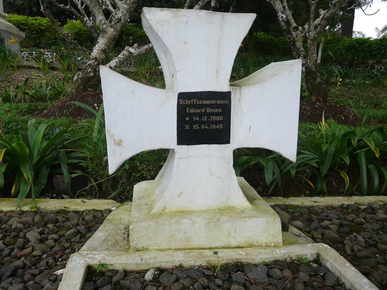 Soldatenfriedhof Arca Domas, Kuburan Awak U-boat Jerman di Bogor