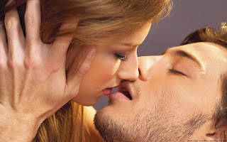 Best-top-10-kissing-wallpapers-hd-kiss-wallpaper-picture-image-background-06+(2)