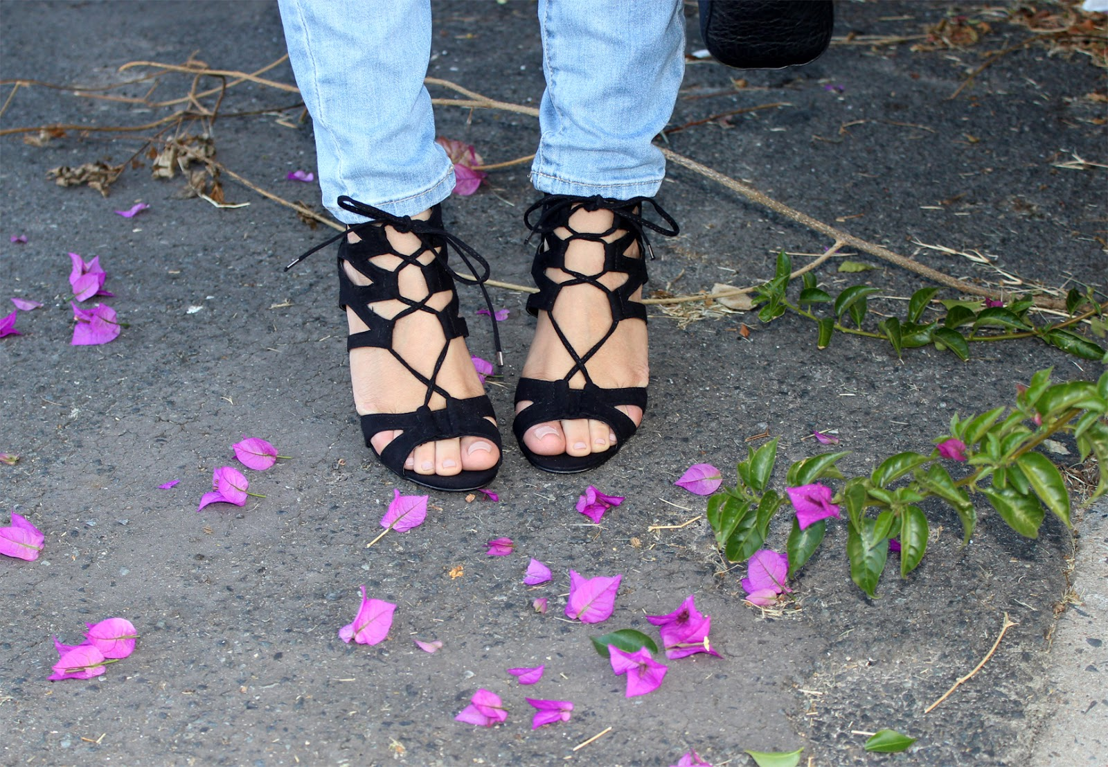 steve madden lace up heels, steve madden maiden, lace up heels south africa, fashion blogger south africa, cotton on skinny jeans, stylista, cotton on crop skinny boyfriend jeans, fashion blogger cape town, wet n wild sugar plum fairy, ray ban aviators oversize
