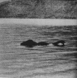 Penampakan-Monster-Loch-Ness