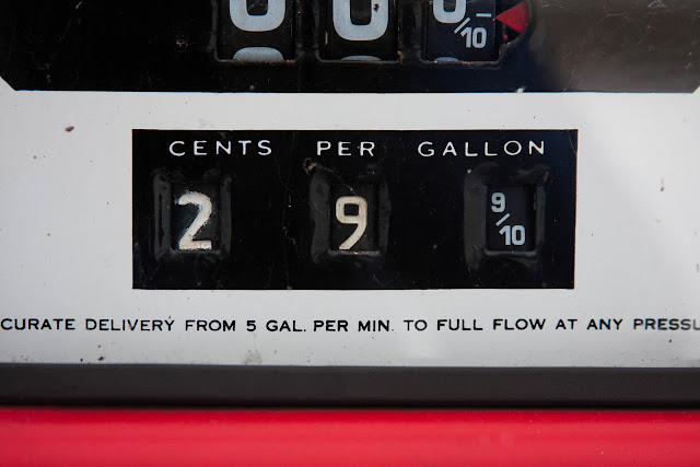 29-cent price on vintage gas pump