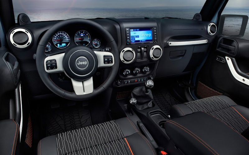 2012 Jeep Wrangler Arctic Edition interior