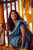 Shruti Haasan Stills from Balupu Movie-thumbnail-16