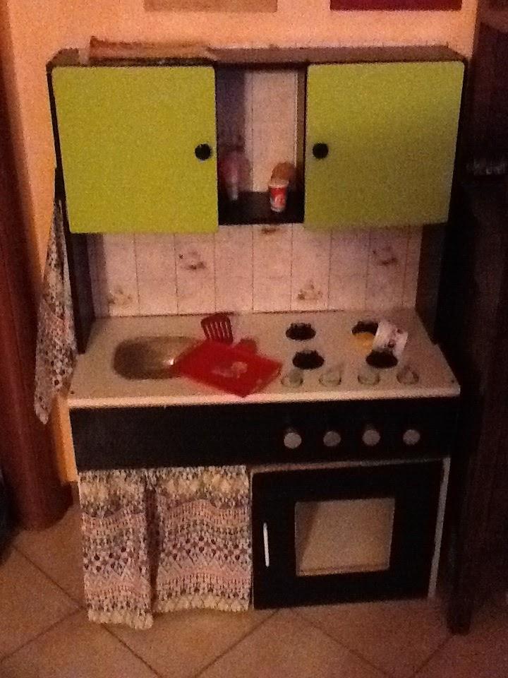 Felice di essere una Strambamamma: Giocattoli fai da te: la cucina ...