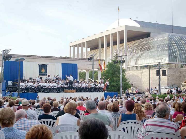 concierto jardines del Palau de la Musica Valencia